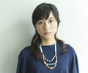 芳根京子が難病で中学時代に入院?歩き方や足に後遺症が残る?