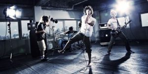 ONE OK ROCK Takaと彼女のプリクラ写真が!?モデル森カンナとの噂は?